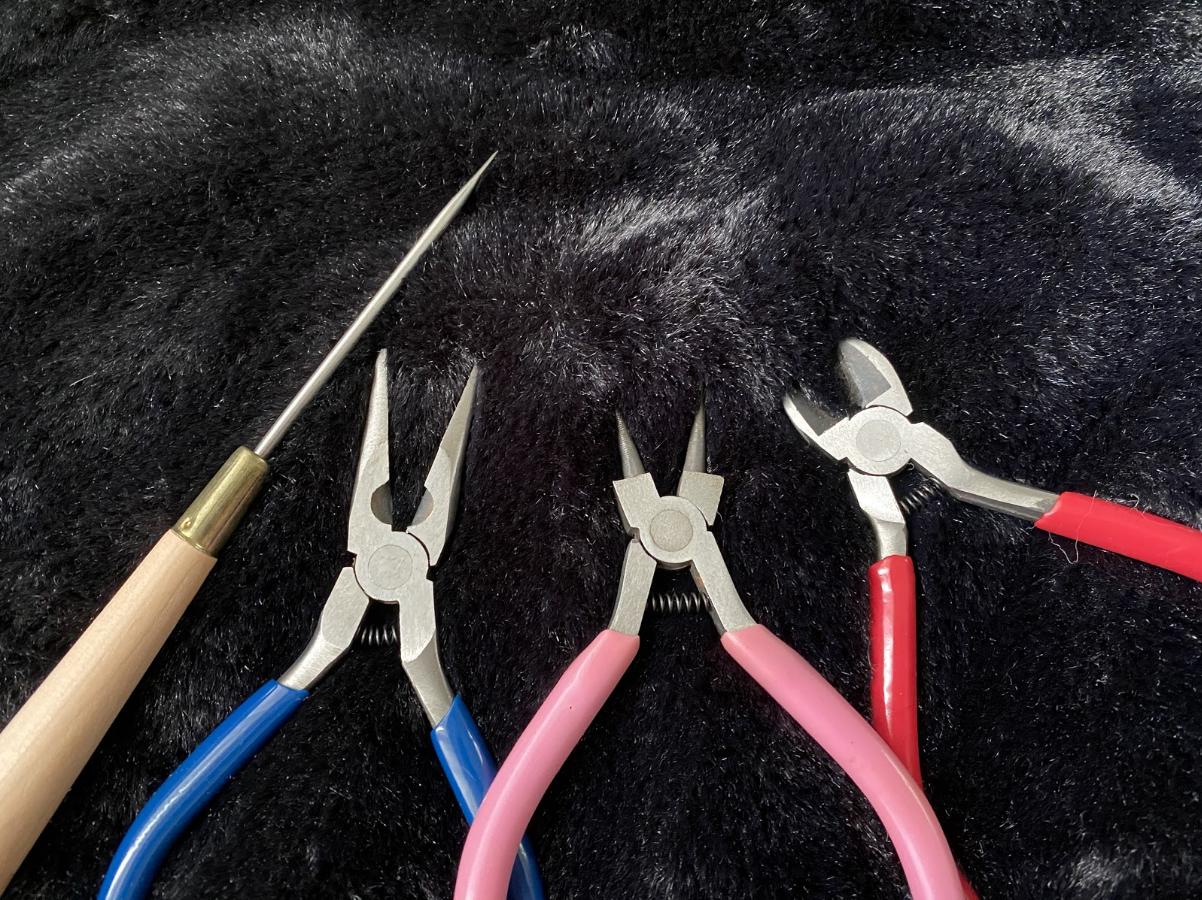 ハンドメイドレジンネックレス作りに使用する 「道具」