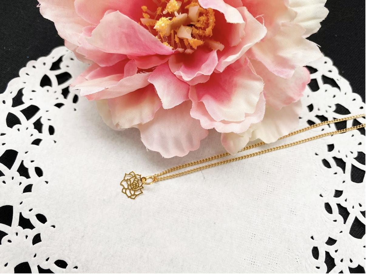 ハンドメイドゴールド薔薇ネックレスの作り方