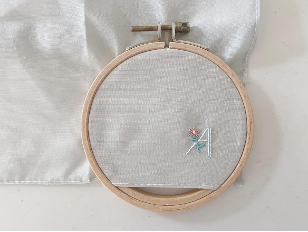 フレンチノットステッチ(2回巻き)の縫い方・刺し方5
