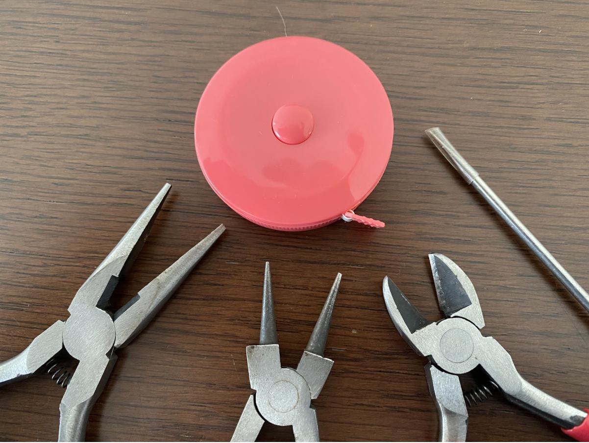 ハンドメイドネックレス&イヤリング2点セットの道具