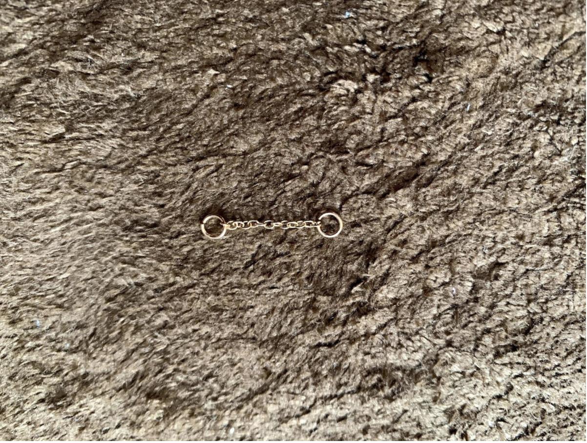 100均素材・樹脂粘土を使ったハンドメイドレジン「小花と星のロングピアス」の作り方&レシピを紹介