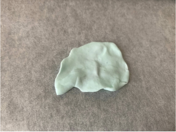 """100均DIY・ハンドメイドで「おうち時間を楽しむ」 樹脂粘土&レジンを使った""""揺れる紫陽花のロングピアス""""の作り方・レシピ"""