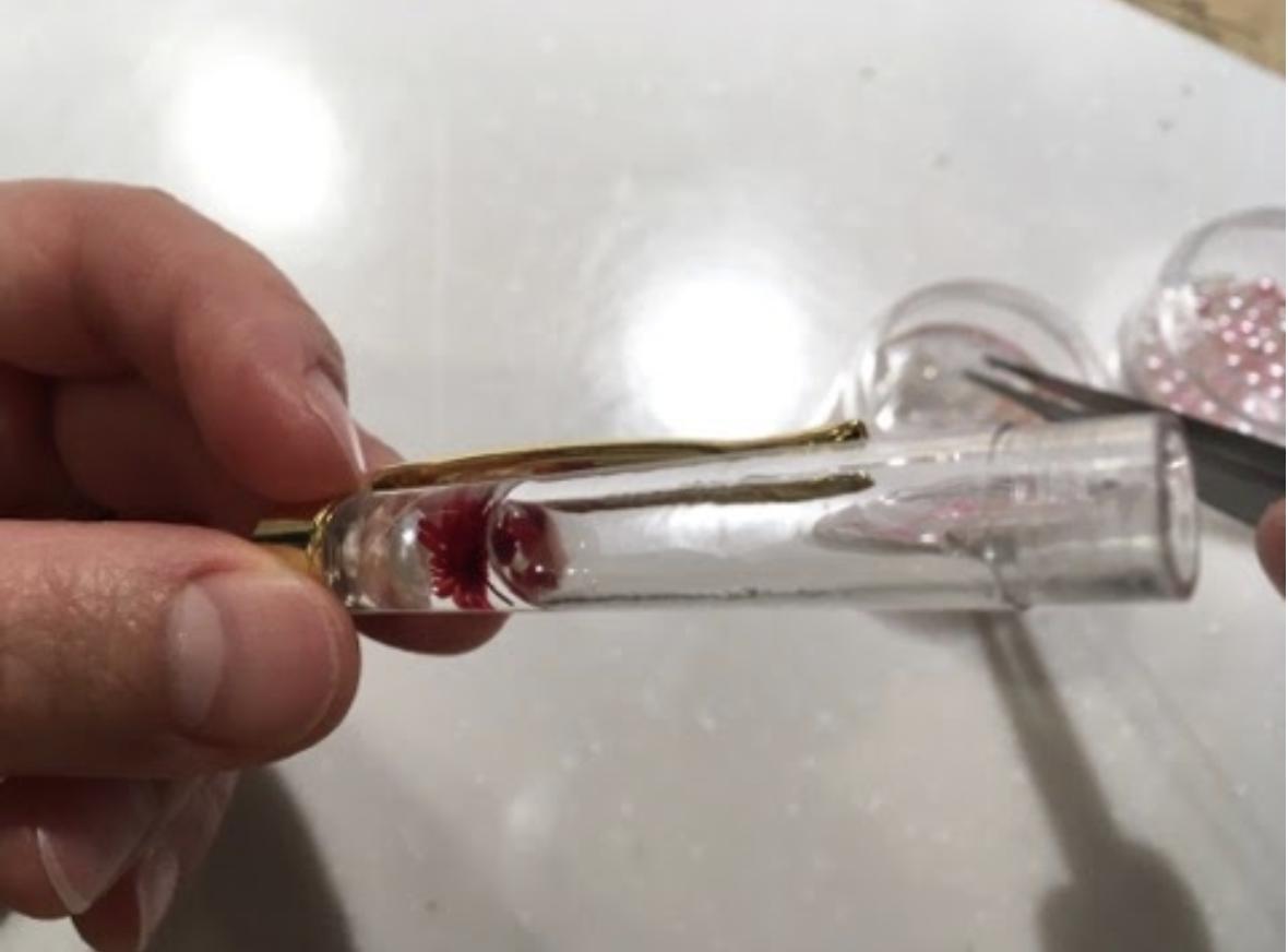 【おうち時間でDIY・ハンドメイド】手作り「ハーバリウムボールペン」の作り方
