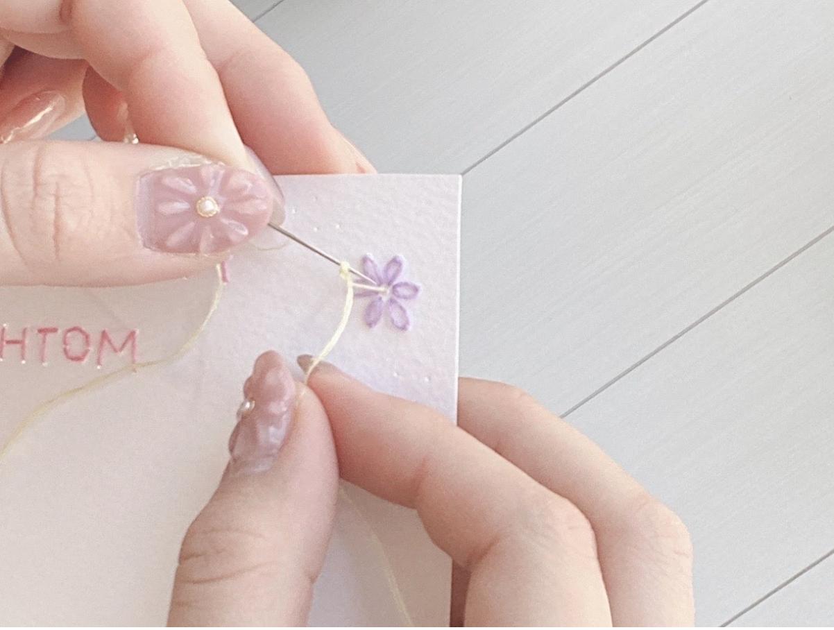 紙刺繍での縫い方ー応用編②ー(フレンチノットステッチ)