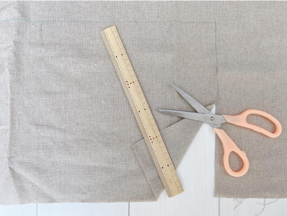 ハンドメイドでミモザ刺繍ポーチを作るための下準備