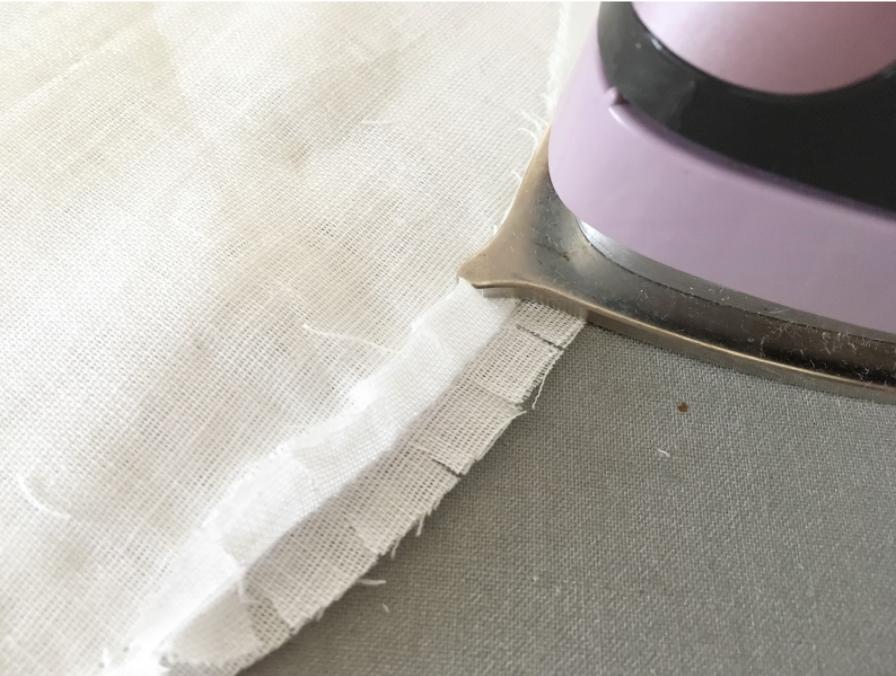【おうち時間で手作り】アベノマスクをおしゃれなポケット付き立体マスクに作り直す方法
