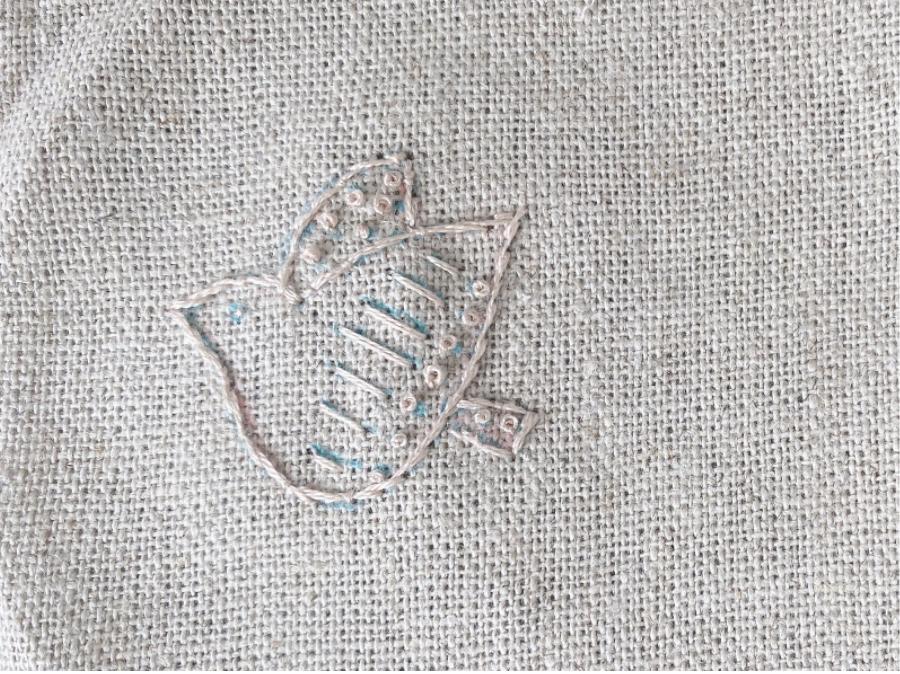 手芸・刺繍初心者のためのフレンチノットステッチの刺し方や縫い方