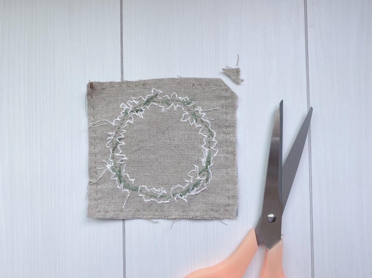 手芸・ワンポイント刺繍コースターを手作りしていこう!縫い方&刺し方の手順
