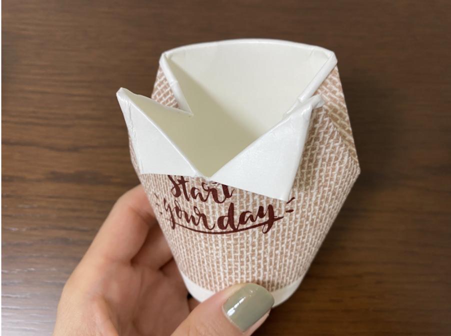 紙コップでおしゃれな父の日に贈るシャツ型ラッピングの作り方