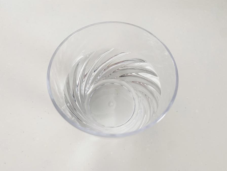 おうちカフェで簡単に紅茶シロップを作る際に使用する材料と分量を紹介