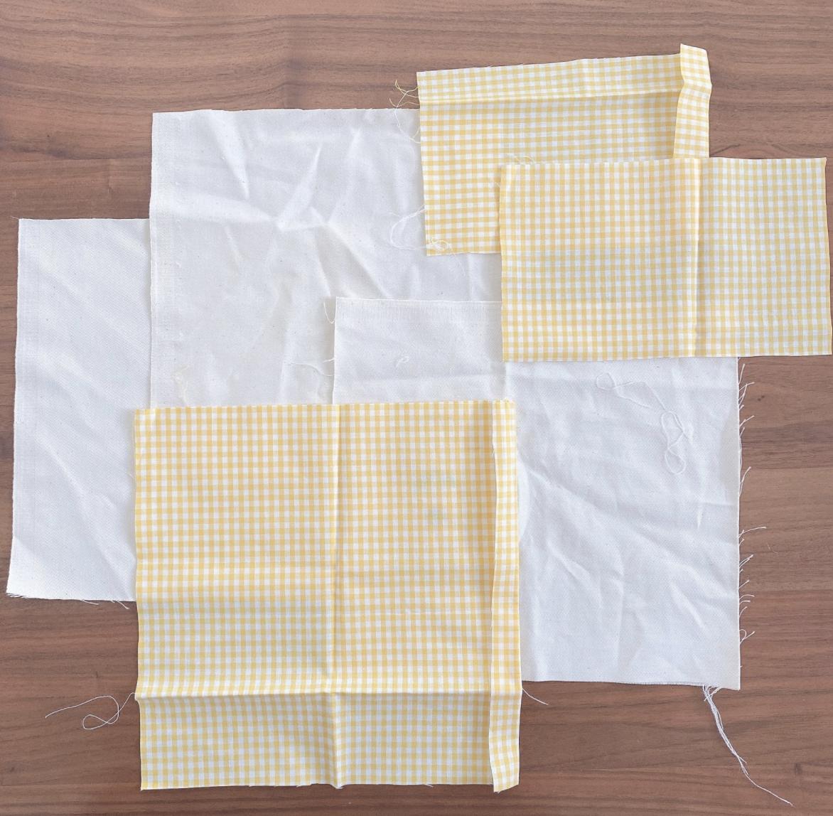 オリジナルなポケット付き折りたたみ刺繍マスクケース作りに必要な材料とその説明