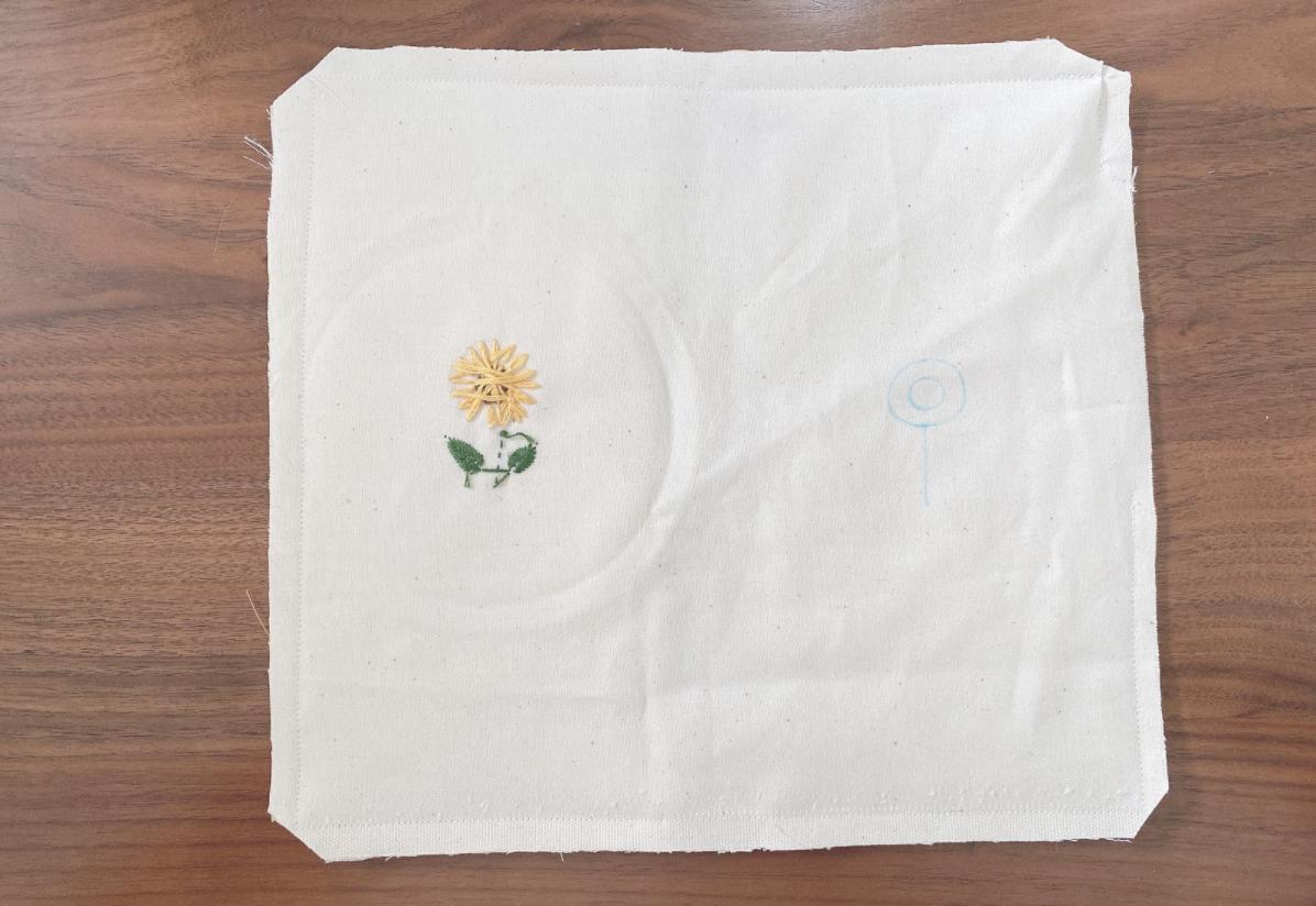 かわいくておしゃれなハンドメイドひまわり刺繍マスクケース/仮置きケースの作り方