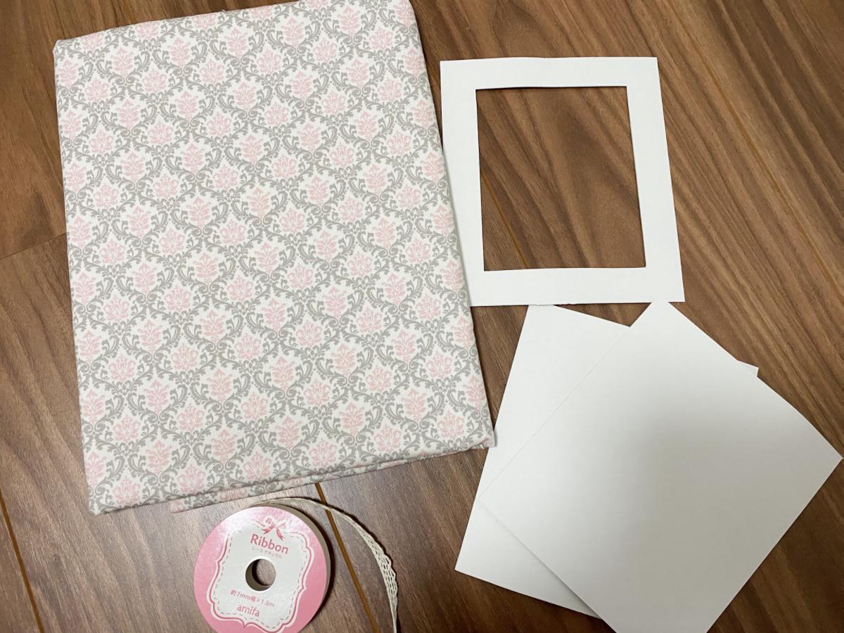 カルトナージュ初心者には型紙が大切!写真立てのサイズや必要な材料や用意するもの